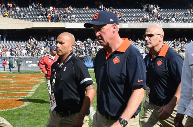 Chicago Bears head coach John Fox (C) leaves the field after a loss against the Green Bay Packers during the first quarter at Soldier Field on September 13, 2015 in Chicago. File photo by David Banks/UPI