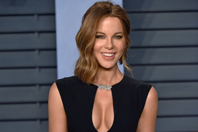 kate beckinsale celebrates 45th birthday with michael sheen at goat