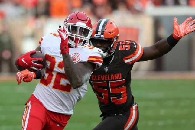 Former Kansas City Chiefs running back Spencer Ware (L) will likely serve as depth for starter Marlon Mack in the Indianapolis Colts' backfield during the 2019 season. File Photo by Aaron Josefczyk/UPI