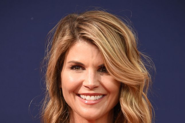 Lori Loughlin & Mossimo Giannulli Claim They