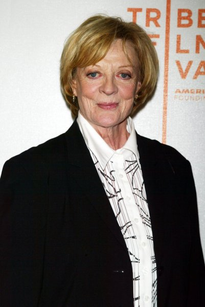 Dame Maggie Smith arrives for the Tribeca Film Festival screening of Ladies in Lavender at Stuyvesant High School in New York on April 23, 2005. (UPI Photo/Laura Cavanaugh)