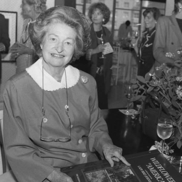 Lady Bird Johnson introduces her new book Wildflowers of America, in this June 10, 1987 file photo. Lady Bird Johnson died July 11, 2007 at her home in Austin, Texas. (UPI Photo).