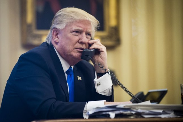 Chinese News Sites Hoodwinked By Trump Tin Foil Phone Satire Upi Com