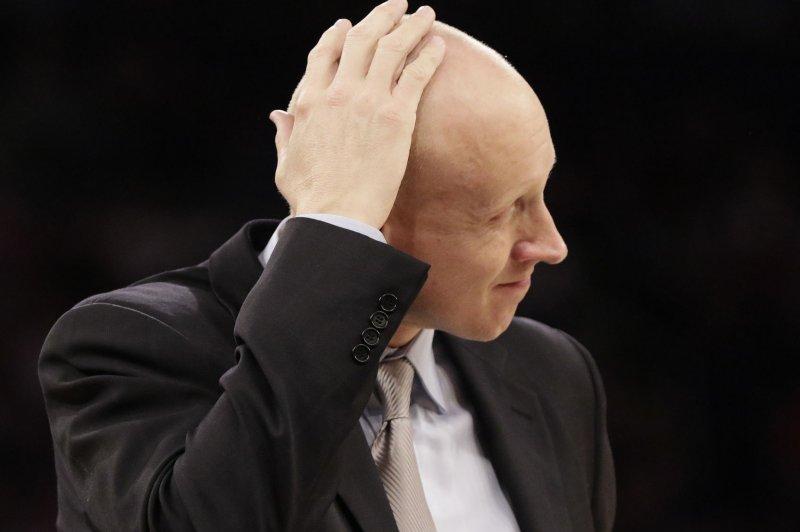 Louisville basketball hires Xavier's Chris Mack