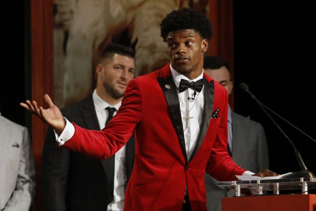 Louisville Cardinals quarterback Lamar Jackson speaks after he wins the Heisman Trophy award in New York City on December 10, 2016. The other Heisman award finalists were Oklahoma wide receiver Dede Westbrook, Clemson quarterback Deshaun Watson, Michigan linebacker Jabrill Peppers, Oklahoma quarterback Baker Mayfield. Lamar Jackson became the youngest player and first from Louisville to win the Heisman Trophy. Pool photo by Todd J. Van Emst/Heisman Trust/UPI