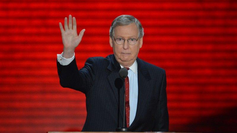 McConnell stiff-arms Obama, Senate Dems