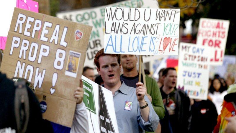 U.S. to court: Prop 8 unconstitutional
