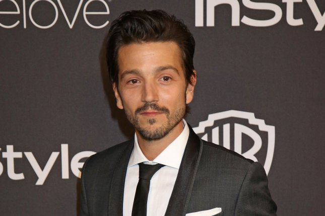 report diego luna to star in scarface remake upi com