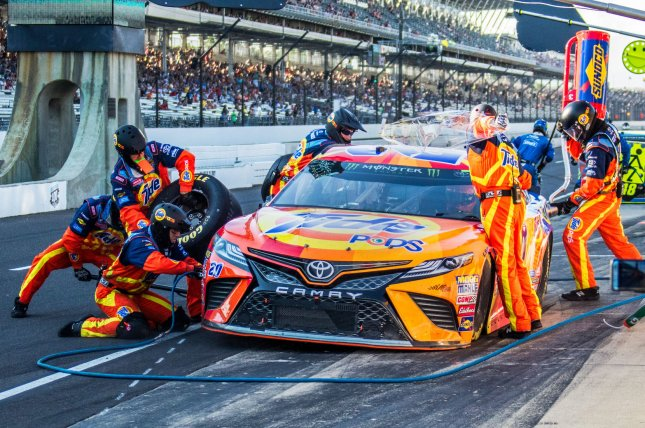 Matt Kenseth gets quick service after Stage 2 of the 2017 Brickyard 400, at the Indianapolis Motor Speedway on July 23, 2017 in Indianapolis, Indiana. File photo by Edwin Locke/UPI
