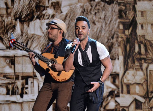 Luis Fonsi performs onstage during the Latin Grammy Awards Thursday. Photo by Jim Ruymen/UPI
