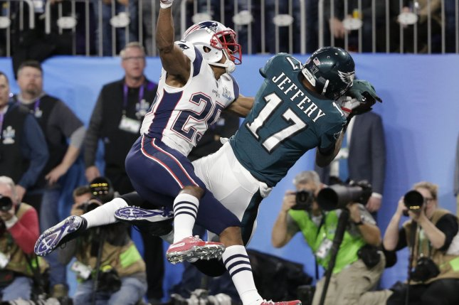 Eagles receiver Alshon Jeffery played through torn rotator cuff for entire season