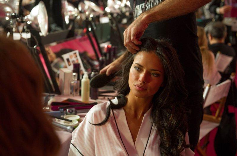 Hispanics drive beauty sales, says Nielsen - UPI com