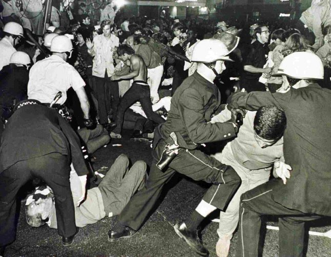 Demonstrators and police during the 1968 Democratic Convention in Grant Park. (UPI Photo Files)