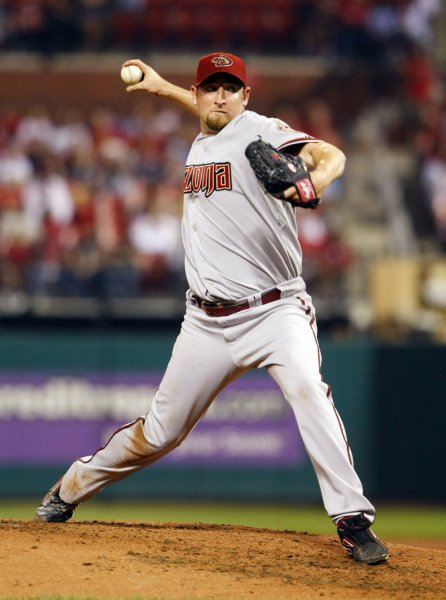 Arizona Diamondbacks pitcher Brandon Webb delivers a pitch to the St. Louis Cardinals in the third inning at Busch Stadium in St. Louis on September 22, 2008. (UPI Photo/Bill Greenblatt)