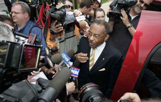 Sen. Roland Burris (D-IL) speaks with media on the campus of the University of Illinois regarding the release of wiretap transcripts about his appointment to the U.S. Senate by former Illinois Governor Rod Blagojevitch in Urbana, Illinois, on May 27, 2009. (UPI Photo/Mark Cowan)
