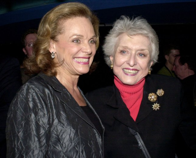 NYP2002022601 - NEW YORK, Feb. 26 (UPI)-- Stage and television actors Valerie Harper and Celeste Holm (right) attend a pre gala cocktail party held on Feb. 26, 2002, at New York City's Planet Hollywood for the American Theatre Wing. rlw/ep/Ezio Petersen UPI