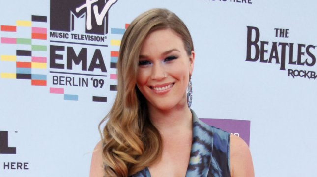 Joss Stone arrives at the MTV Europe Music Awards in Berlin, Germany on November 5, 2009. (UPI Photo/David Silpa)