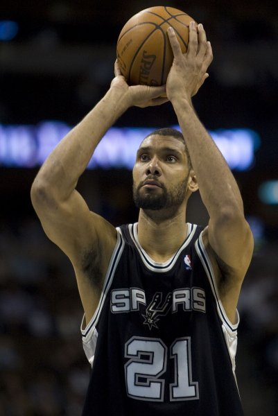 San Antonio Spurs forward Tim Duncan signed a contract extension with the NBA team Wednesday. 2010 file photo. UPI/Gary C. Caskey