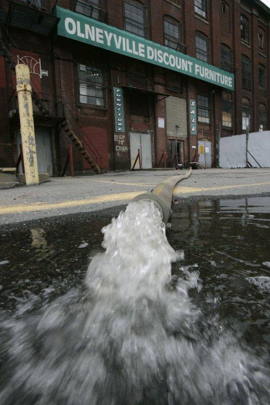 Last river drops below flood stage in R.I.