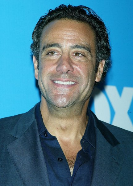 Brad garrett dating show 3