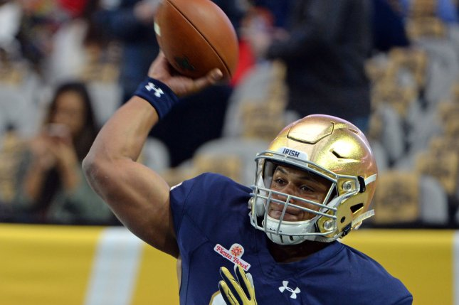 The Cleveland Browns reportedly might pass on a quarterback if they get the  first pick in the 2017 NFL Draft. Notre Dame s DeShone Kizer could be one  of the ... fe55ef009