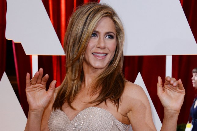 Watch Office Christmas Party.Watch Jennifer Aniston Tries To Quash Yuletide Fun In