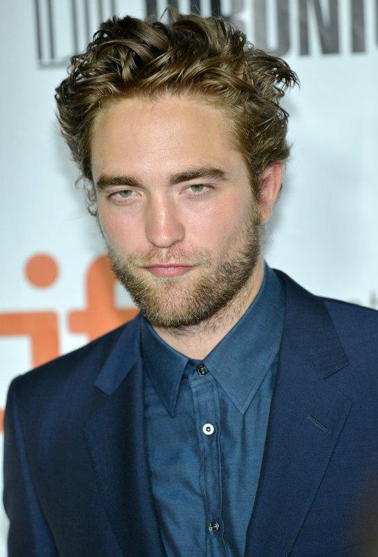 Robert Pattinson Reveals Odd New Haircut Upi