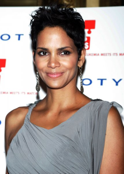 Halle Berry arrives for the DKMS 4th Annual Gala: Linked Against Leukemia at Cipriani in New York on April 29, 2010. UPI /Laura Cavanaugh