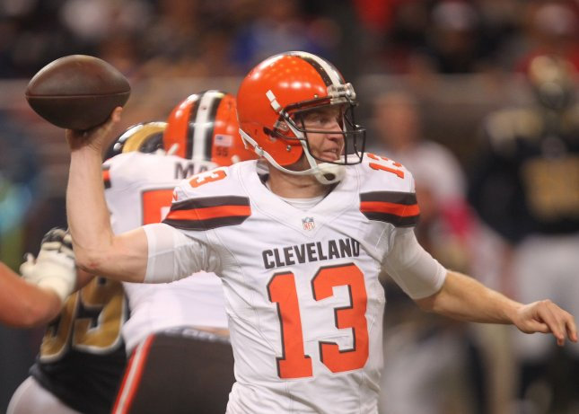 Former Cleveland Browns quarterback Josh McCown will attempt to keep fighting Father Time and help the New York Jets overachieve. Photo by Bill Greenblatt/UPI