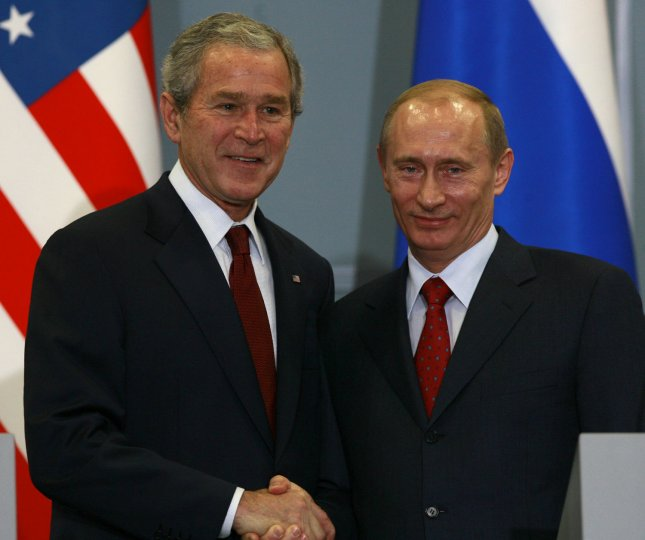 U.S. President George W. Bush (L) shakes hands his Russian counterpart Vladimir Putin after a joint news conference at the Bocharov Ruchey presidential summer residence at the Black Sea in Sochi on April 6, 2008. Bush and Putin began a final effort on Sunday to try to mend frayed relations face-to-face but with little hopes of resolving the dispute over missile defense. (UPI Photo/Anatoli Zhdanov)