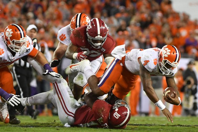 Alabama LB Reuben Foster Not Invited To 2017 NFL Draft In