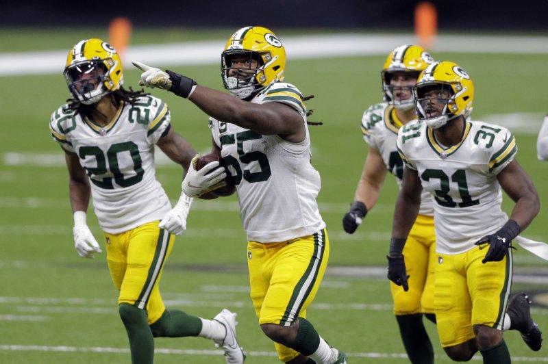 Green Bay Packers put star LB Za'Darius Smith on injured reserve