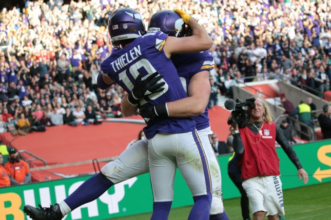 official photos a03a5 0a541 Minnesota Vikings' Adam Thielen, Andrew Sendejo active vs ...