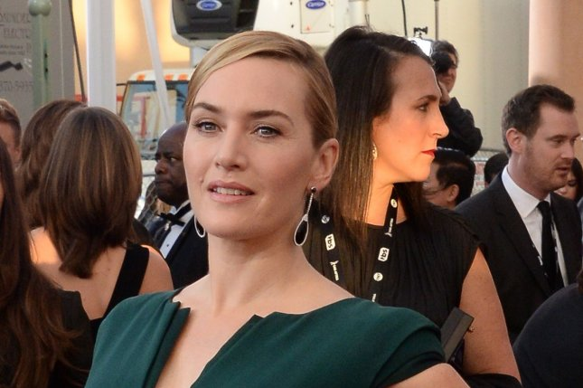 Kate Winslet talks 'Titanic,' says DiCaprio could've fit on infamous floating door