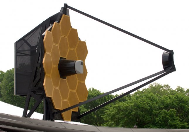 A full scale model of NASA's planned James Webb Space Telescope is on display on the National Mall in Washington on May 10, 2007. Scheduled for launch in 2013, the telescope will be 10 to 100 times more powerful than the Hubble Space Telescope. (UPI Photo/Roger L. Wollenberg)
