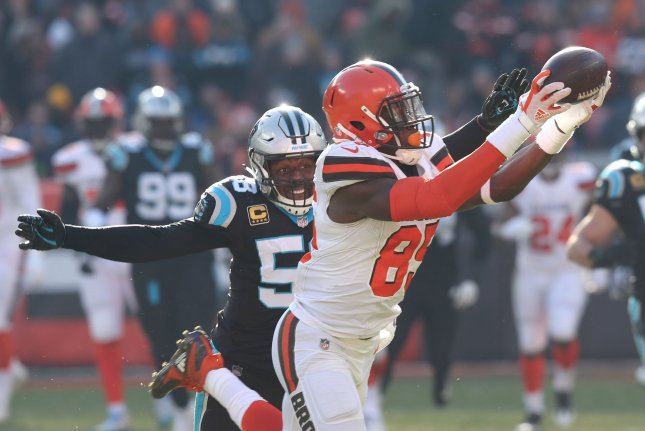 Cleveland Browns tight end David Njoku (R) has a sprained MCL and is expected to miss three weeks. File Photo by Aaron Josefczyk/UPI