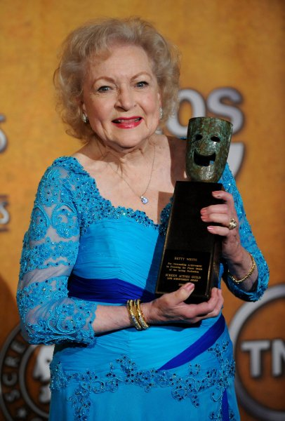 Actress Betty White appears backstage with her Lifetime Achievement Award at the 16th annual Screen Actors Guild Awards in Los Angeles on January 23, 2010. UPI/Jim Ruymen