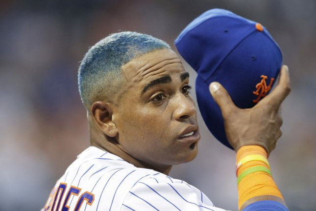 hot sale online c0932 d87ef Look: Yoenis Cespedes dyes hair blue to support New York ...