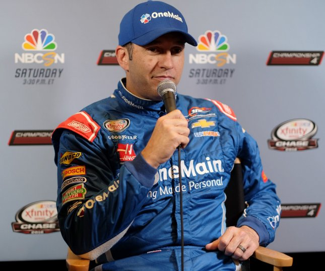 Elliott Sadler answers questions during NASCAR media day. Photo By Gary I Rothstein/UPI