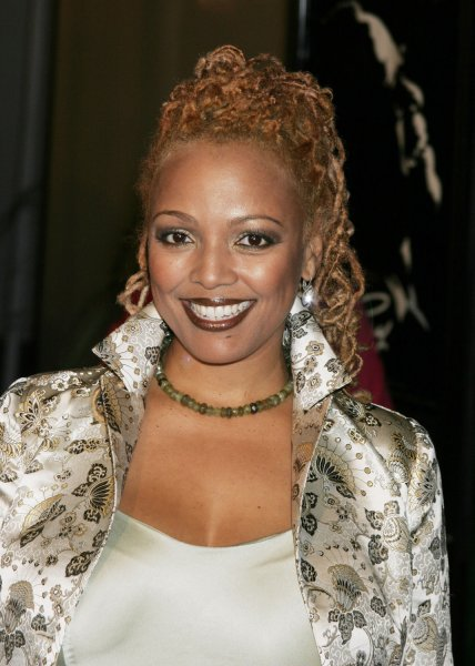 Actress Kim Fields poses for photographers at the premiere of the new film 'Ray' about the life and music of the late singer Ray Charles in Los Angeles, October 19, 2004. The film starring Jamie Foxx as Ray Charles, opens in the United States October 29. (UPI Photo/Francis Specker)