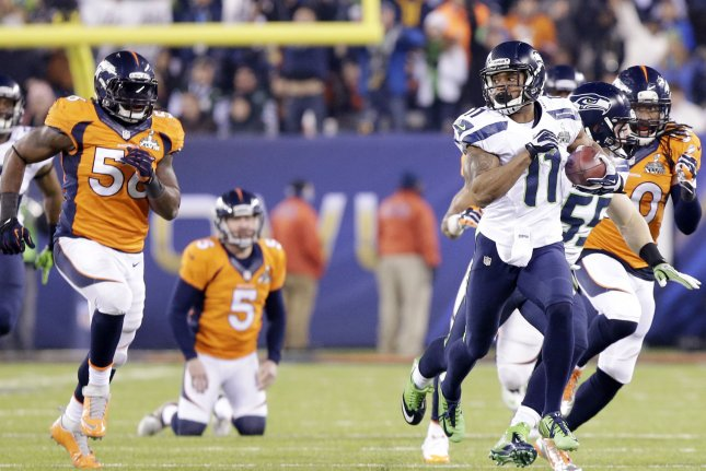 Percy Harvin's (11) agent has fielded calls from several NFL teams after he client said he wants to return to the league. File Photo by John Angelillo/UPI