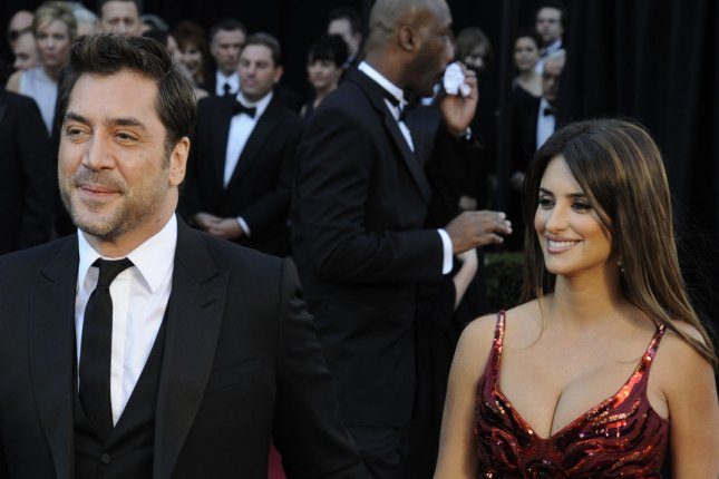 Javier Bardem (L) and wife Penelope Cruz will co-star in new Pablo Escobar biopic 'Escobar.' File photo by Phil McCarten/UPI