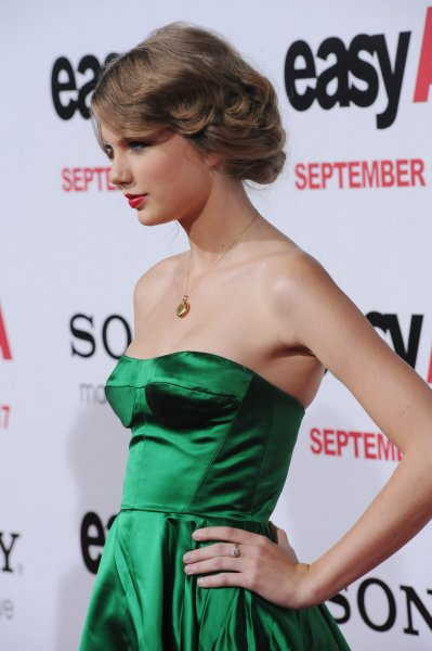 Singer Taylor Swift attends the premiere of the motion picture romantic comedy Easy A, at Grauman's Chinese Theatre in the Hollywood section of Los Angeles on September 13, 2010. UPI/Jim Ruymen
