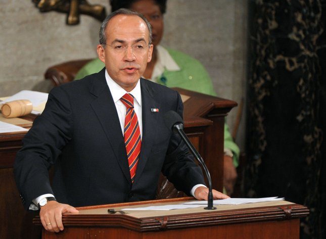 Mexican President Felipe Calderon delivers a speech to a joint session of congress in the U.S. Capitol Building in Washington on May 20, 2010. Calderon spoke out against Arizona's immigration law. UPI/Kevin Dietsch