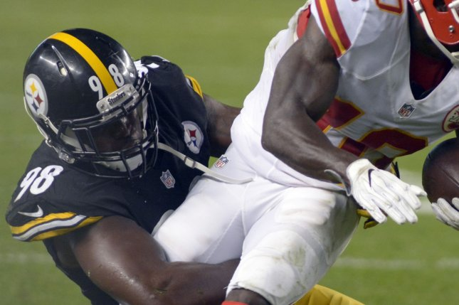 Pittsburgh Steelers linebacker Vince Williams (98), shown Oct. 2, 2016, played eight seasons with the Steelers after being taken in the sixth round of the 2013 NFL Draft. File Photo by Archie Carpenter/UPI