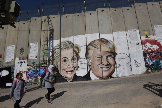 Donald trump mark zuckerberg show up in new west bank for Eminem wall mural
