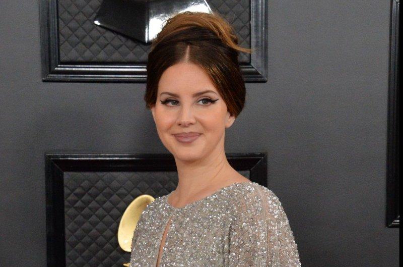Lana Del Rey soaks up the sun in new 'Arcadia' music video