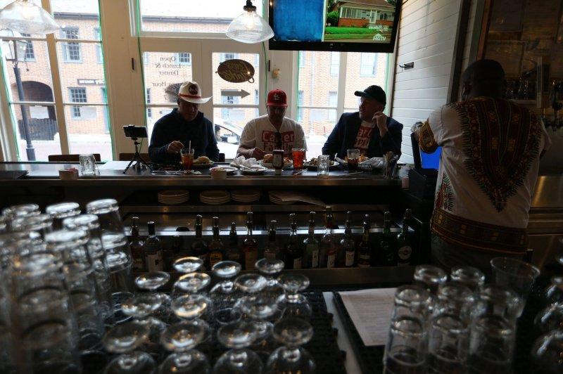 Liquor store sales rose during pandemic at rate similar to bar sales drop