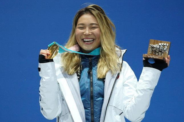 Chloe Kim stays 'hangry,' live-tweets on her way to gold