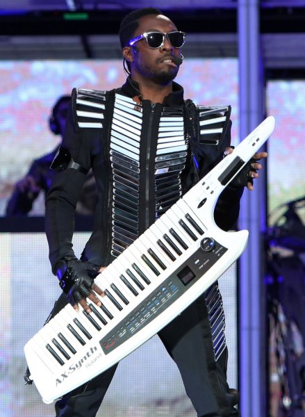 Will.i.am of the Black Eyed Peas performs in concert at the Stade de France near Paris on June 22, 2011. UPI/David Silpa